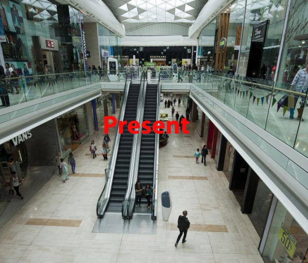 An empty Westfield shopping centre at Shepherds Bush West London at lunchtime today (tuesday). Picture David Parker 31.7.12