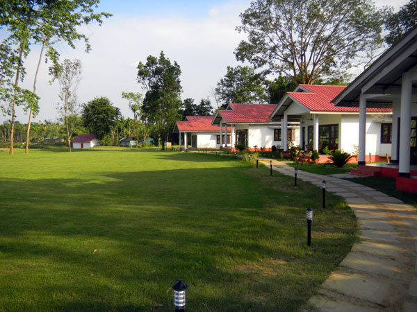 Best resorts for Golf lover in Assam Kaziranga Golf Resort