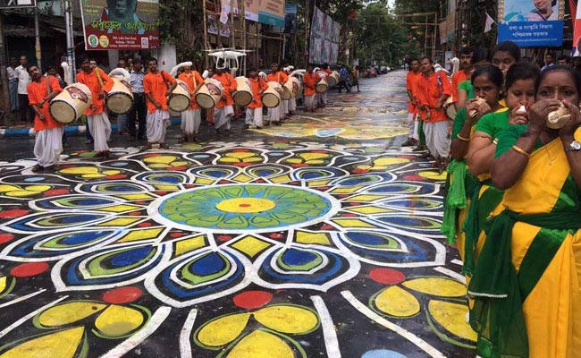 Why Kolkata puja is the best? Some simple reasons!